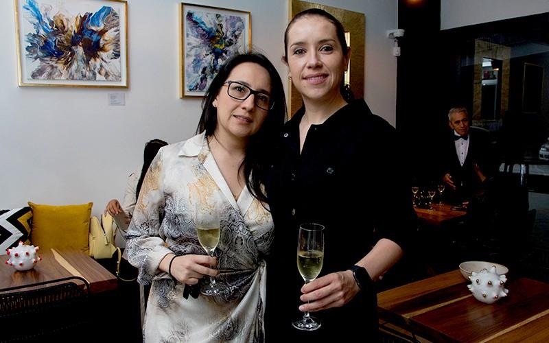 Nadhieli Martínez y Claudia Gómez